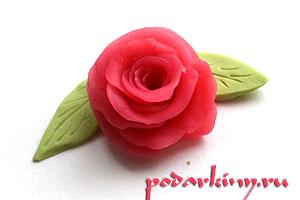 Роза и листики из полимерной глины