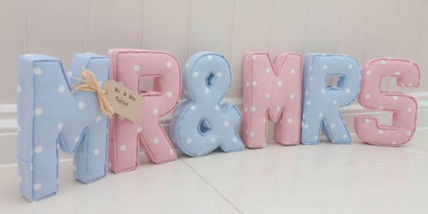 Буквы из ткани на свадьбу