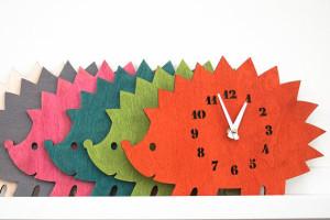 Часы в форме ежика