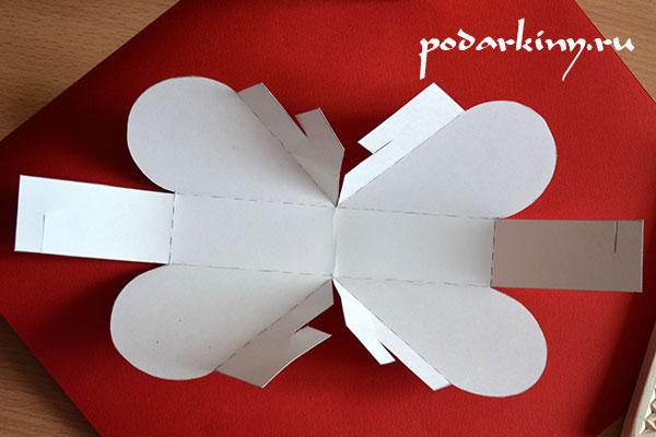 Вырезаем заготовку для валентинки бонбоньерки по схеме