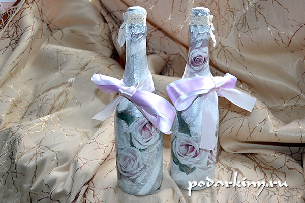 Шампанское с розами в технике декупажа